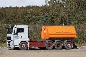 12 M Lukket Container 756
